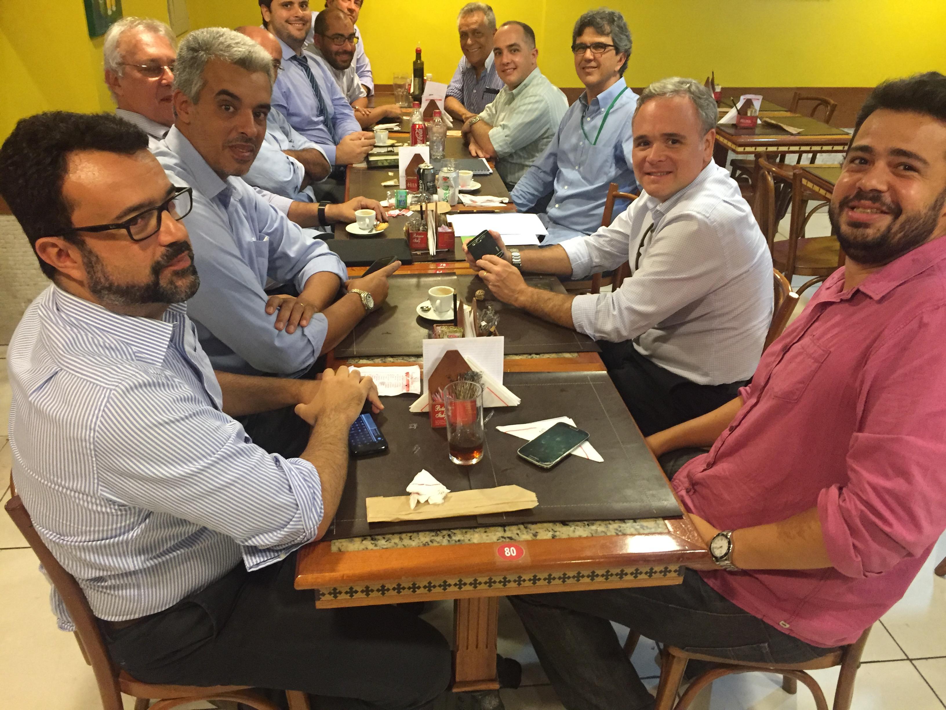 Reunião do Fla+ com a Chapa Azul, de Mario Esteves Filho